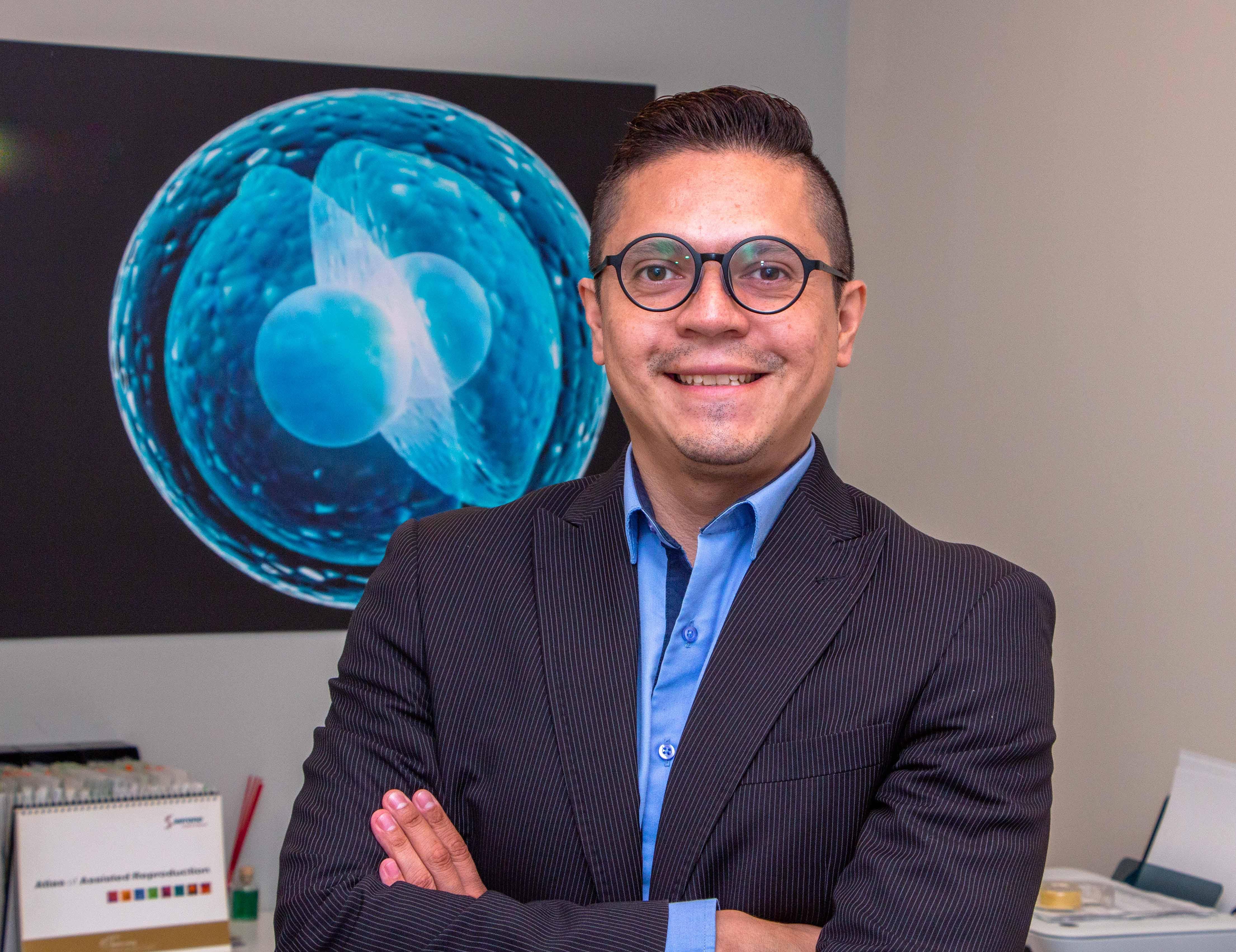 Ernesto Noriega , Program Director